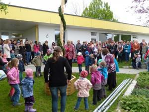 2015-05-02 Maibumstellen Kiga Oberhöfen 016