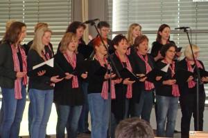 "Musikalische Umrahmung mit dem Frauenchor ""Dreiklang"""