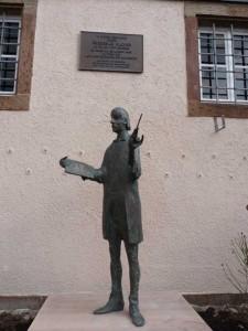 Silcher Skulptur Nuss