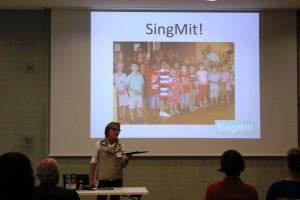 Ein Projekt aus den Reihen des Schwäbischen Chorverbandes. Silvia Himmelseher präsentierte ein erfolgreiches interkulturelles Chorprojekt der Chorvereinigung Weil der Stadt. Foto: Isabelle Arnold
